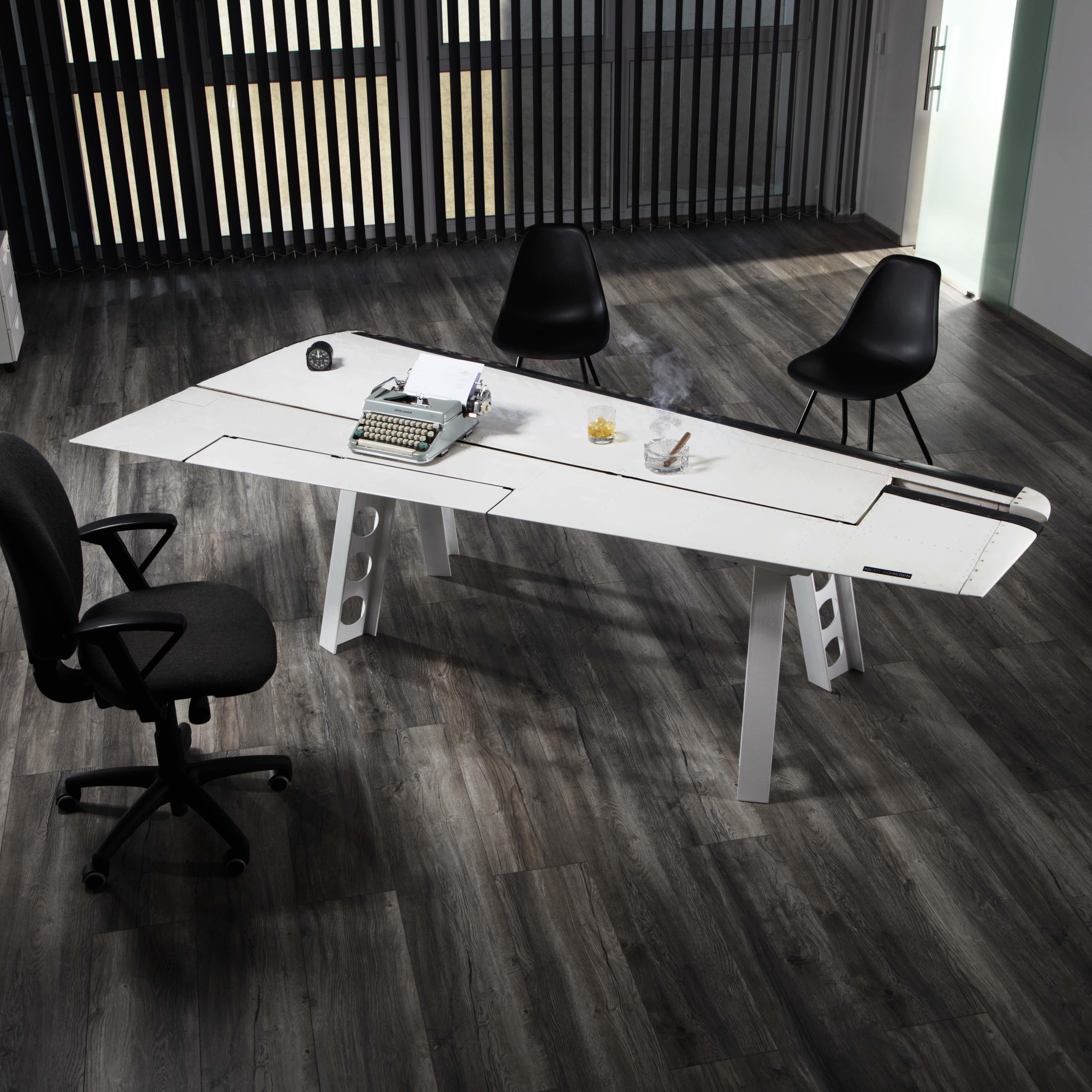 tisch h henruder piper pa 31. Black Bedroom Furniture Sets. Home Design Ideas