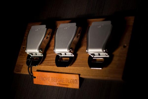 Seatbelt Buckle Schlüsselhalter Triple Akazie