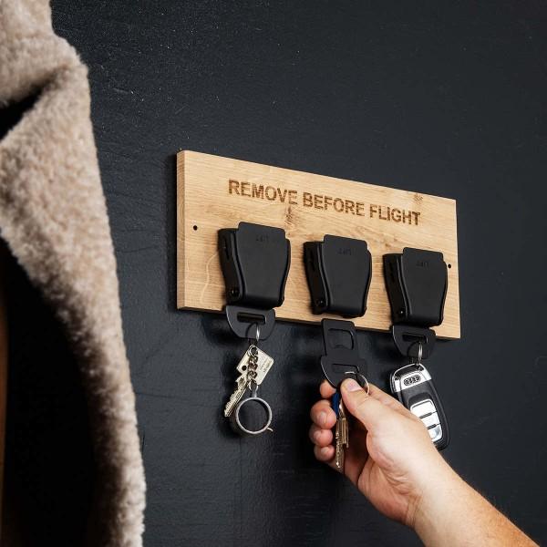 Seatbelt Buckle Schlüsselhalter Eiche - Black Edition